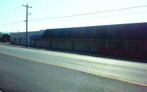 Commercial Building In Guntersville