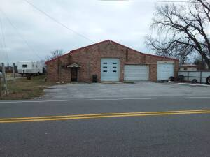 4,000 SF± Commercial/Shop Building In Bobo Community
