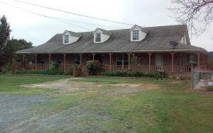 5-Bedroom Home On 10 Acres± (Marshall Co.)