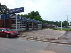 Commercial Bldg. On Corner Lot In Scottsboro