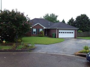 4-Bedroom Brick Home In SE Huntsville