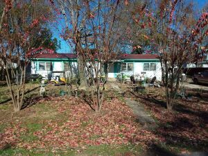 100' x 150'± Lot With Mobile Home