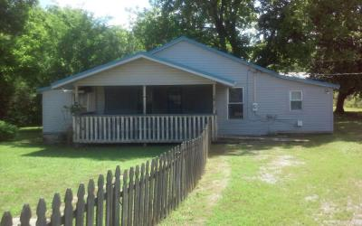 2-Bedroom House On 1 Acre± (Madison County)