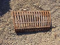 CAST IRON TRACTOR GRILL