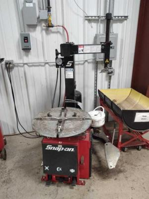 Snap-On Tire Changer
