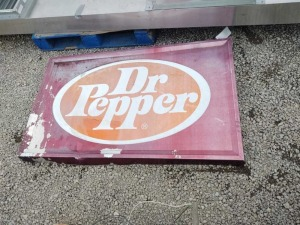 METAL DR. PEPPER SIGN