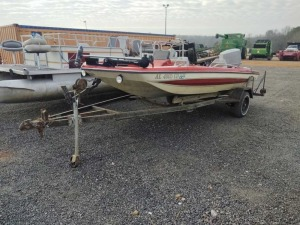 1976 GLASTRON W/ 70 HP JOHNSON MOTOR