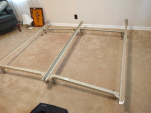 KING SIZE METAL BED FRAME