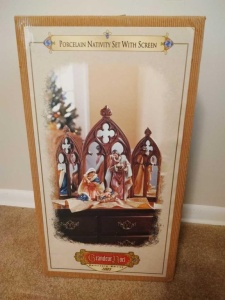 GRANDEUR NOEL PORCELAIN NATIVITY SET, COLLECTOR'S EDITION