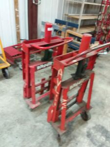(1) Pair Roller Lifts
