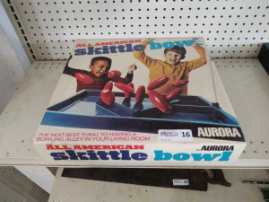 VINTAGE SKITTLE BOWL BY AURORA
