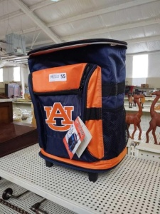 AUBURN ROLLING COOLER CHEST