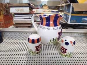 AUBURN PITCHER & SALT & PEPPER SHAKERS