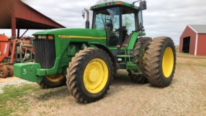 John Deere 8200 Tractor, 4WD, dual wheels; S#RW8200P001601; 8,094 hrs (TRACTOR & EQUPMENT HOURS LISTED IN DESCRIPTIONS & PICTURES ARE NOT GUARANTEED.  PLEASE INSPECT EACH PIECE YOU ARE INTERESTED IN PERSONALLY.)