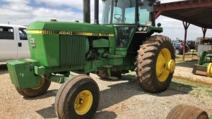 John Deere 4640 Tractor, 2WD, C/A/D, 1978 model; S#001501R; 2444 hrs.; does not have dual wheels (TRACTOR & EQUPMENT HOURS LISTED IN DESCRIPTIONS & PICTURES ARE NOT GUARANTEED.  PLEASE INSPECT EACH PIECE YOU ARE INTERESTED IN PERSONALLY.)