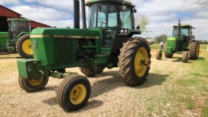 John Deere 4440 Tractor, 2WD, C/A, FW, QK Hitch; S#065936RW; 9092 hrs.; has dual wheels (TRACTOR & EQUPMENT HOURS LISTED IN DESCRIPTIONS & PICTURES ARE NOT GUARANTEED.  PLEASE INSPECT EACH PIECE YOU ARE INTERESTED IN PERSONALLY.)