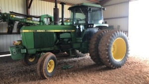 John Deere 4840 Tractor, C/A/D, 1978 model, dual wheels; S#001842; 6410 hrs (TRACTOR & EQUPMENT HOURS LISTED IN DESCRIPTIONS & PICTURES ARE NOT GUARANTEED.  PLEASE INSPECT EACH PIECE YOU ARE INTERESTED IN PERSONALLY.)