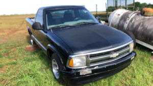 1995 Chevy S-10, has a rebuilted Salvage ; VIN #1GCCS1448S8190810; 230,994 miles; Bill Of Sale Only