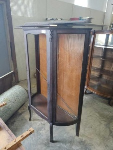 VINTAGE CHINA CABINET (NO GLASS IN DOOR)