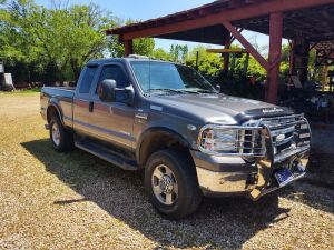 2006 Ford F-250 4x4, Title Delay; 182,000 miles; VIN 1FTSX21P16EB03628