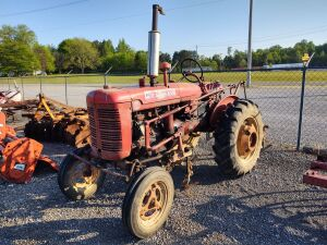 SUPER A FARMALL WITH CULTIVATOR
