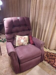 Cloth Tufted Recliner