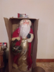 Large Santa Clause, Pendulum Wall Clock, Wrapping Paper & Bows