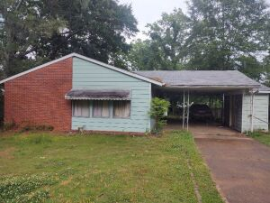 3-Bedroom House & Lot In Decatur, Alabama; Bankruptcy Court Ordered Auction