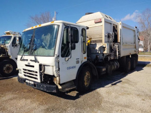 2005 STERLING CONDOR GARBAGE TRUCK VIN# 49HHBVDL65RV05797***HAULED IN