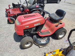 Huskee LT4200 Riding Mower