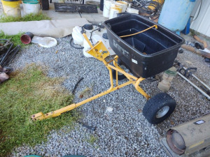 Craftsman Pull Behind Broadcast Lawn Spreader