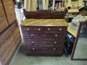 5-Drawer Dresser With Vintage Furniture Pulls (does not have mirror)