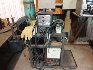 Lincoln Electric Wire Welder, Airco II Stinger Welder & Cart