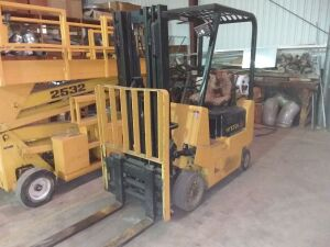 Hyster 30 Propane Fork Lift, SN A65322; Runs (Fowler Auction reserves the right to use this fork lift to help load.  Please call Daniel Culps at (256) 603-1249 to make pick up arrangements.)