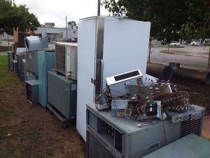(1) Lot Of Air Conditioners