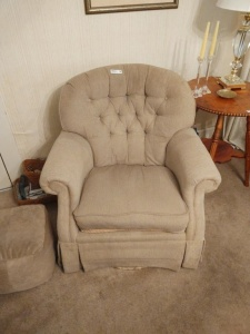 Cloth Side Chair With Ottoman