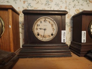 "Vintage Ingraham Mantle Clock (possibly ""Cody""), 10"" tall"