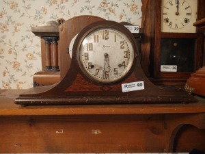 "Sessions Vintage Mantle Clock, 10"" tall"