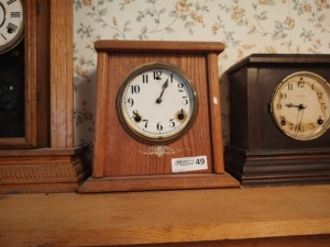 "Vintage Mantle Clock By William L. Gilbert, 11"" tall"