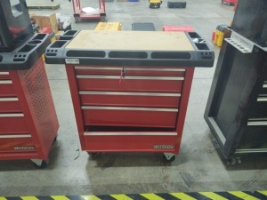 Westward Rolling Tool Cart