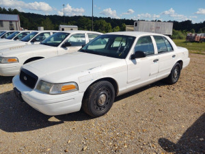 2005 FORD CROWN VICTORIA; VIN# 2FAFP71W35X149356