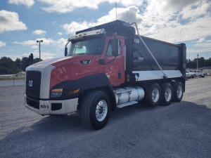 2014 CATERPILLER CT-660 TRI-AXLE DUMP TRUCK; VIN# 1HTJGTKT6ET483412; 148,563 MILES; RUNS & DRIVES