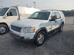 2006 FORD EXPLORER; VIN# 1FMEU73E76UA85975; 198,726 MILES; RUNS & DRIVES