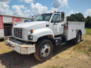 2002 GMC C7500 (Delayed Title); VIN #: 1GDM7H1C52J500071