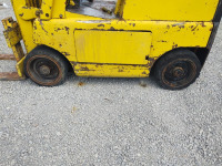 Clark C-20 Fork Lift (Propane); 2,000 LB Capacity; RUNS & DRIVES - 6