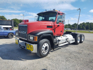 2004 MACK CH-613 TRACTOR TRAILER;  VIN# 1M1AA18Y54N156755; 442,282 MILES; RUNS & DRIVES