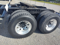 2004 MACK CH-613 TRACTOR TRAILER;  VIN# 1M1AA18Y54N156755; 442,282 MILES; RUNS & DRIVES - 5
