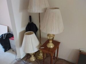 Lamp Table & Lamps