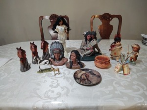 Indian themed décor; Indian dolls & figures, etc.