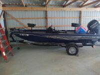 Lowe Stinger 175 Bass Boat With Trailer (selling from Fowler Auction's lot in Toney, AL); Boat VIN US-LWC07546D717; Trailer VIN 5KTBS1916JF500385; ; Buyer will pay taxes at courthouse